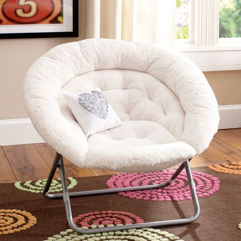 & Dorm Room Design: The Best Chairs to Pack